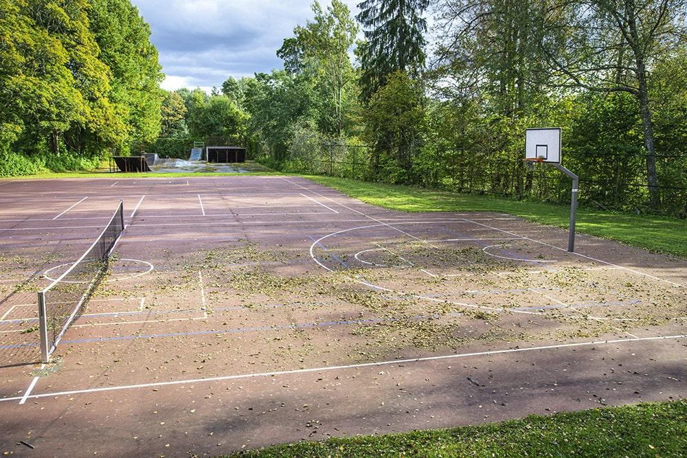 Jäneda Korvpalli/tennise väljak